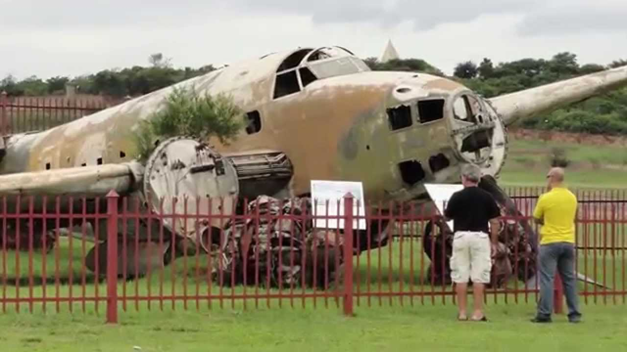 B-52 Cockpit for Sale, Boeing Stratofortress and other military ...