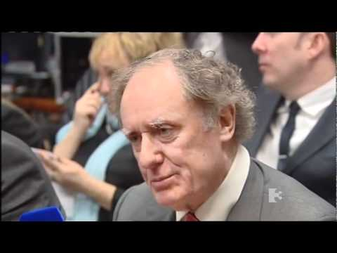 """Why The Irish People Have To Bailout Billionaire Bondholders?"" Vincent Browne vs ECB"