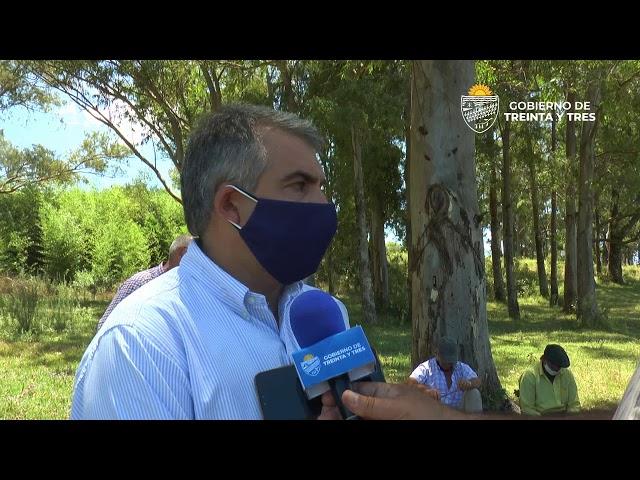 EL INTENDENTE DE TREINTA Y TRES DR. MARIO SILVERA ARAUJO VISITÓ LA LOCALIDAD DE ISLA PATRULLA.