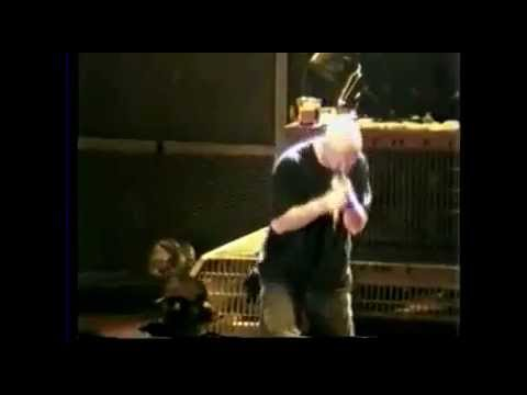 Pantera grinder live with Rob Halford