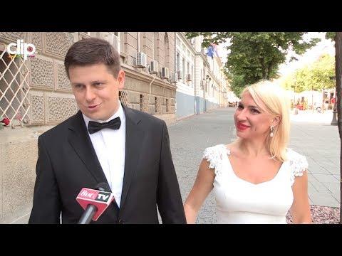 SVI DETALJI IZA ZATVORENIH VRATA Trudna voditeljka i političar podelili prve utiske sa venčanja