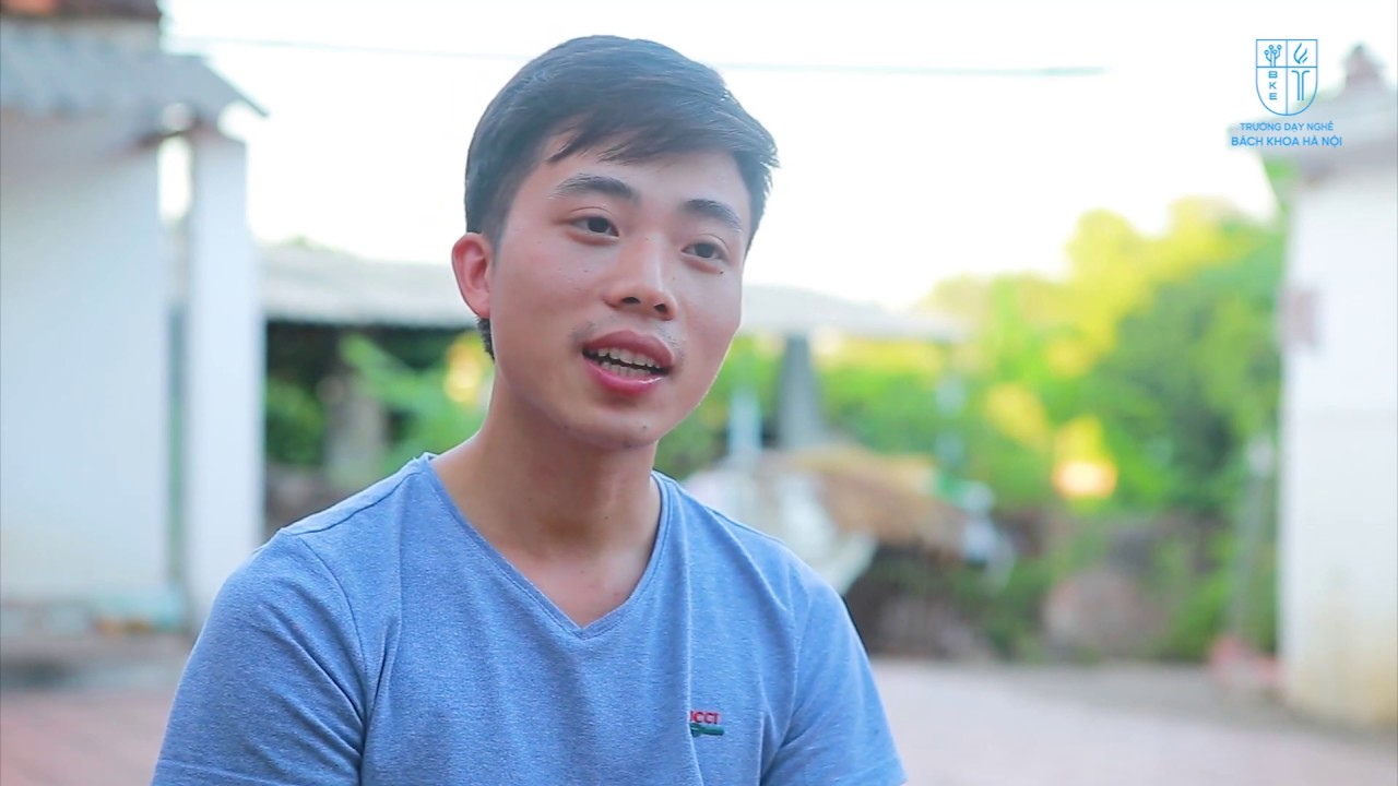 Học viên Trương Văn Hiếu được nhận xe máy
