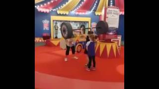 2017 strongest girl in the world