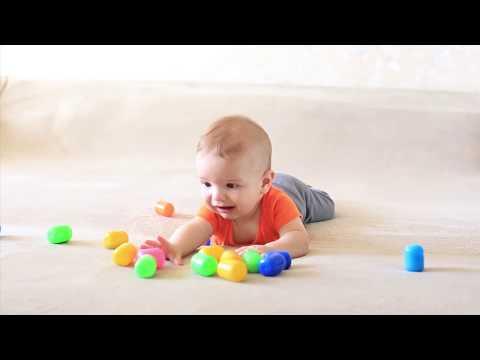 Развивающие занятия для детей от 3 до 6 месяцев: ПОЗНАЕМ СВОЕ ТЕЛО (часть 1)
