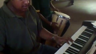Video Kanda Surinduni - Clarence Instrumental download MP3, 3GP, MP4, WEBM, AVI, FLV Juli 2018