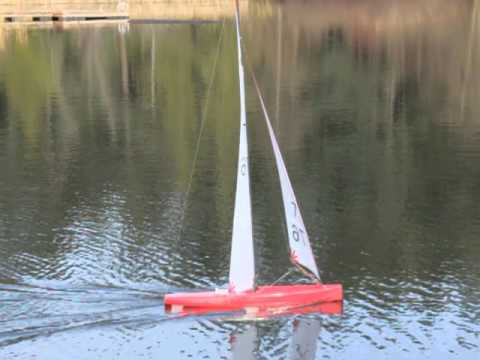V8 International One Metre Sailing