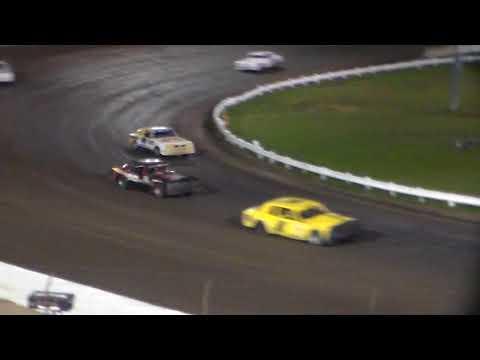 Hobby Stock Heat 1 @ Farley Speedway 10/20/17