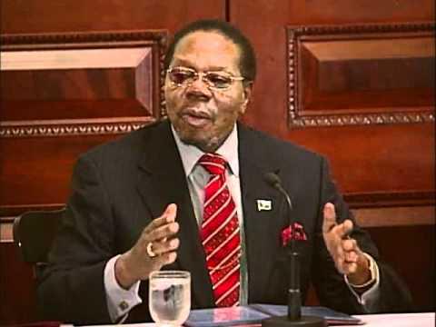 Pres. Bingu wa Mutharika: Can Africa Feed Itself? | 2010