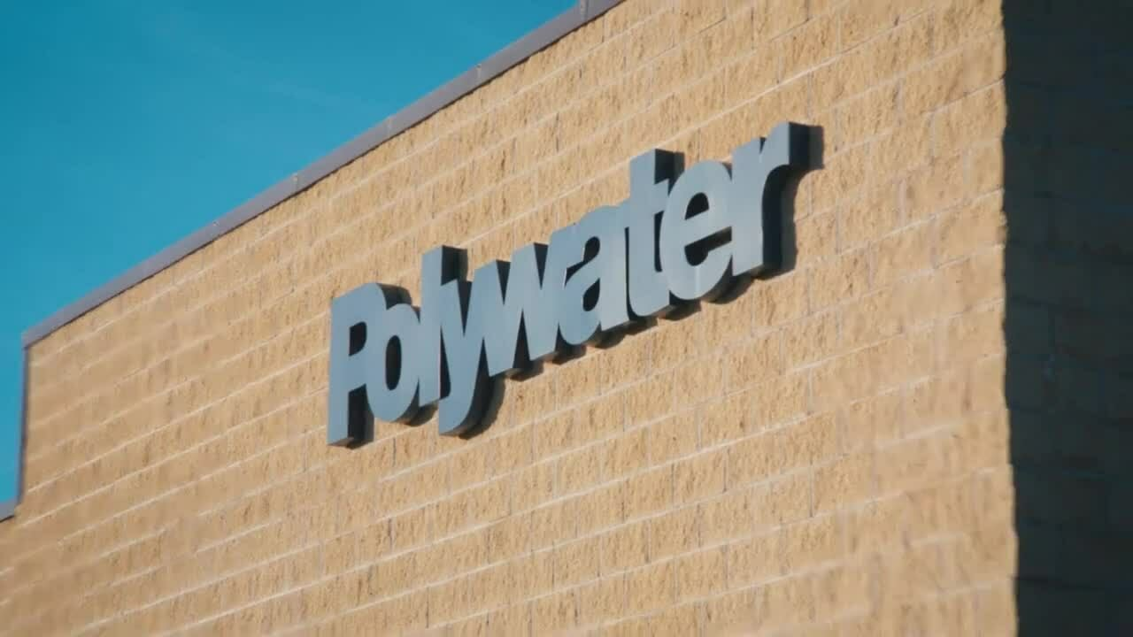 How To Clean Solar Panels Using Polywater S Spw Youtube