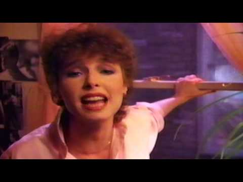 Quarterflash - Take Me To Heart (1983 Music Video)