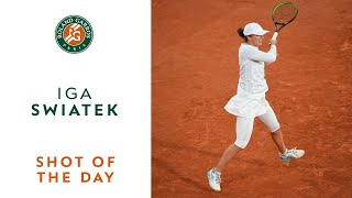Shot of the Day #8 - Iga Swiatek I Roland-Garros 2020