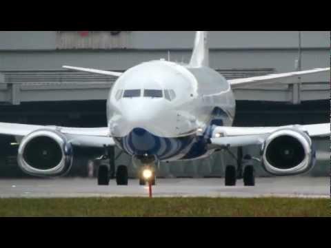VIP Boeing 737-300 take-off @ Zurich Airport - 28/01/2012