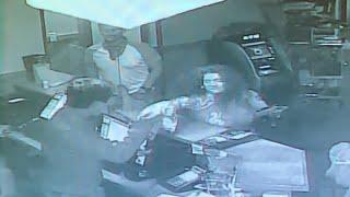 Customer turns violent after r…