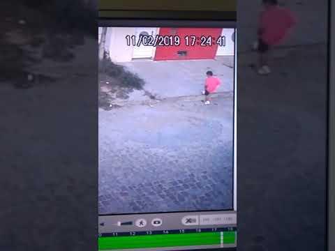 Bandido tenta invadir residência de advogado em Senhor do Bonfim; vídeo