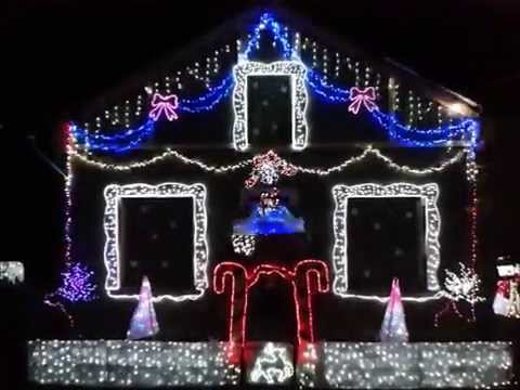 Maison illumin e no l 2014 bort les orgues lighted house for Decoration maison francaise