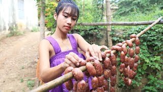 Primitive Technology: Cooking skill Sausage Recipe | Cooking skill