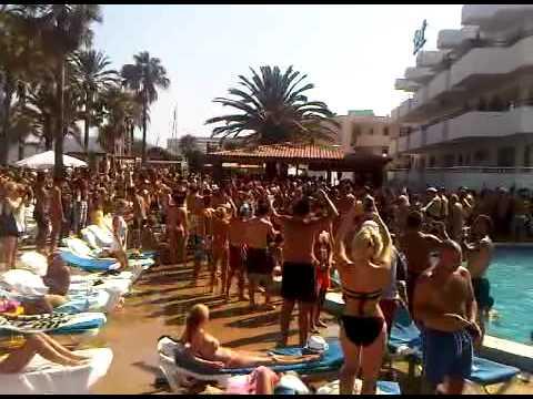Jet Apartments - Ibiza 2011 - Pool Side Party - YouTube