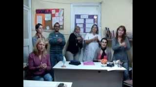Hacer un puente en la escuela secundaria (Lenguaje de señas)