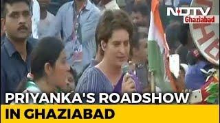 """""""What Has PM Done In 5 Years?"""" Priyanka Gandhi's UP Roadshow Blitz"""