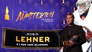 Robin Lehner gives heartfelt speech after winning Masterton Trophy