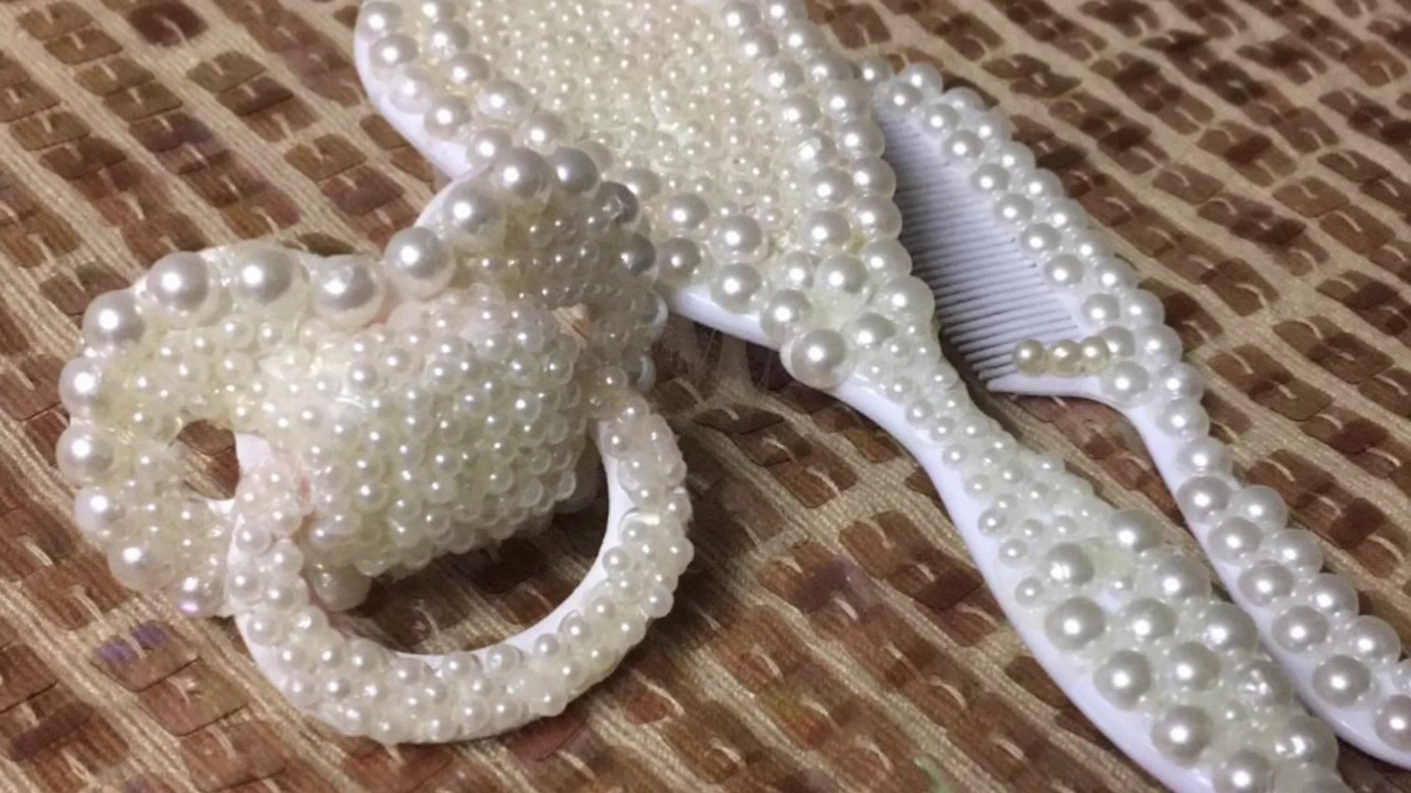 Blinged Out (Pearls) DIY Baby Shower Decorations!