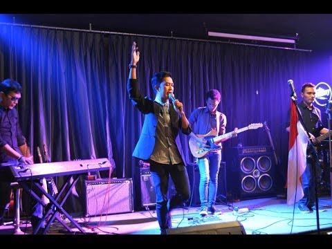 sirMAYA-Semakin *Cover D'Masiv (Live On Audisi AMI Awards 2014)