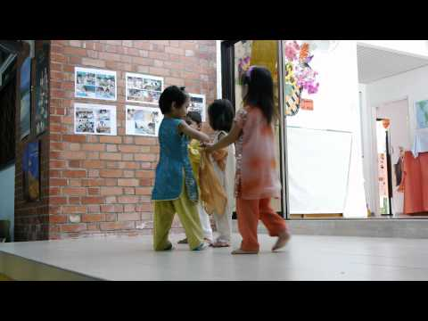 20110924 Bridges Montessori - Asian Fair- Bollywood Dance