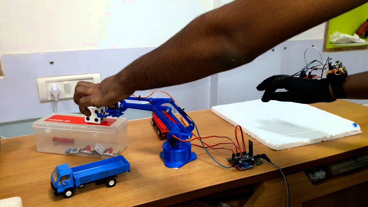 Gesture Controlled Robotic Arm: 4 Steps