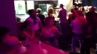 Bailando lo blo latino molo 8.44. Sabato 04 .10.14 😉