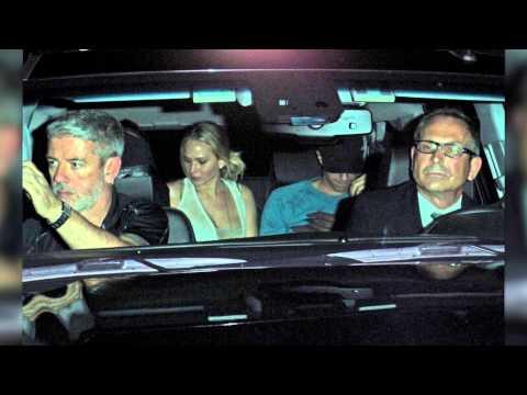 Jennifer Lawrence Splits With Chris Martin, Reunites With Nicholas Hoult | Splash News TV