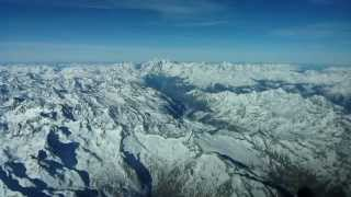 Pilots eye view - Flight over Mont Blanc from Turin