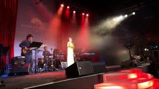 Mai Thiên Vân hát show tại parkwest casino 2018