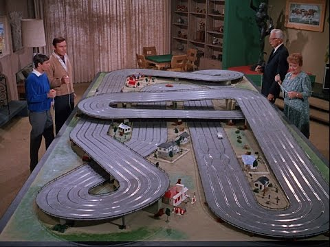 Batman TV Series - Slot cars scene (Ep. 94, season 2-HD)