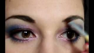 Smoky w trzech kolorach - kurs makijażu