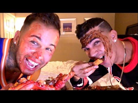 EAT IT OR WEAR IT (PIZZA CHALLENGE)