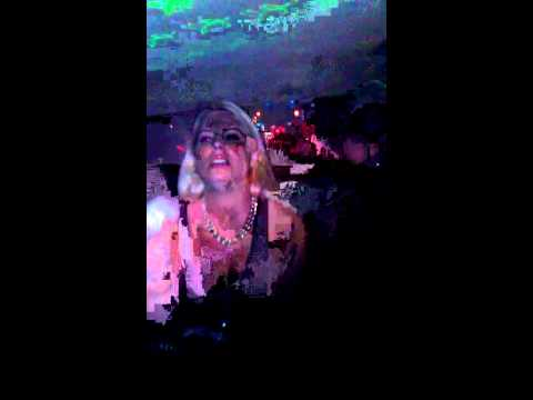 Miami southbeach party taxi karaoke rihanna