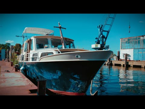 Bayliner ; Diesel Tank ; New Welding Project - Ep. #47 - Vintage Yacht Refit Project