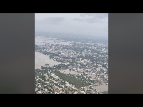 Maharashtra grapples with floods, CM Fadnavis conducts aerial survey
