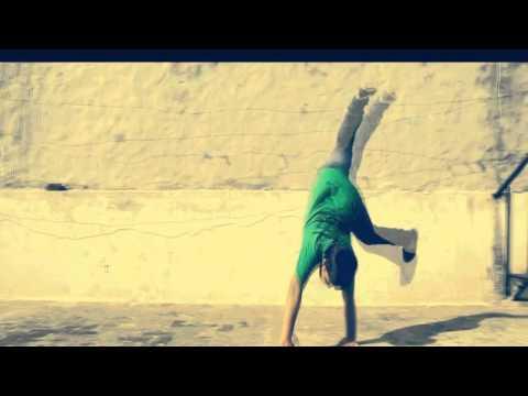 Chaar Botal Doodh Ka|Yo Yo Honey Singh|Vodka Parody|Sunny Leone   Ragini MMS 2