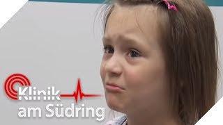 Kleines Mädchen weint bitterlich: Ihr Papa ist versteinert! | Klinik am Südring | SAT.1 TV