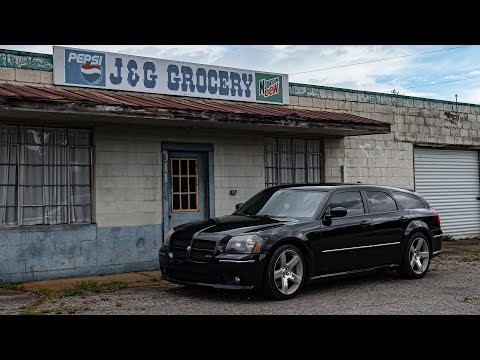 MAFIA SPEC Dodge Magnum SRT8 - The 300C Hemi Wagon