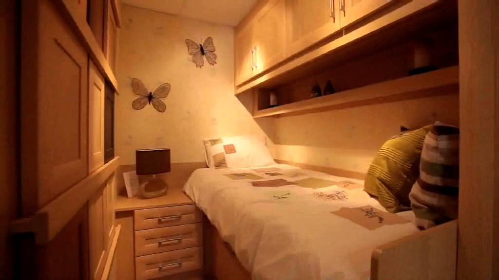 Children's small bedroom cabin beds - YouTube