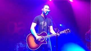 Boyce Avenue - Fast Car (Tracy Chapman Cover) Live @Le Bataclan, Paris 09/06/2012