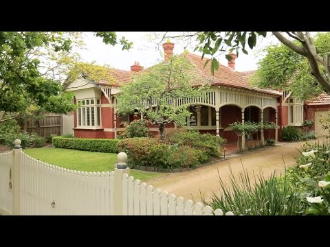 Marshall White: 61 Finch Street Malvern East