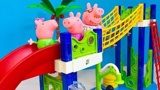 Popular PEPPA PIG Toys WATER PARK Play Set!