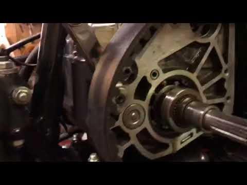 Harley Davidson 5 speed transmission oil seal repair - YouTube