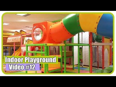 Taman Bermain Anak Indoor Playground Area Mandi Bola dan Perosotan - Kids Pool Fun Balls