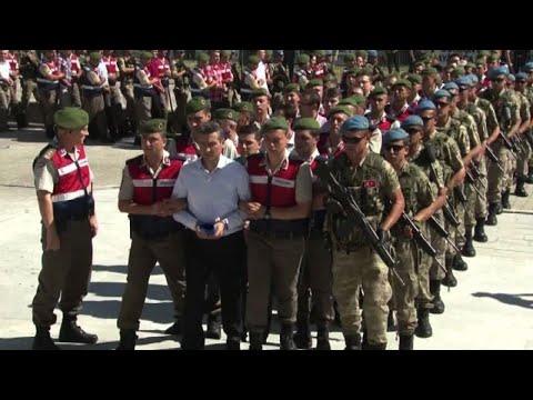 Turchia, al via processo per circa 500 arrestati dopo il golpe