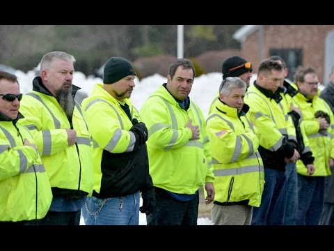 DPW workers from around New England pay last respects to Warren Cowles, killed during storm Stella