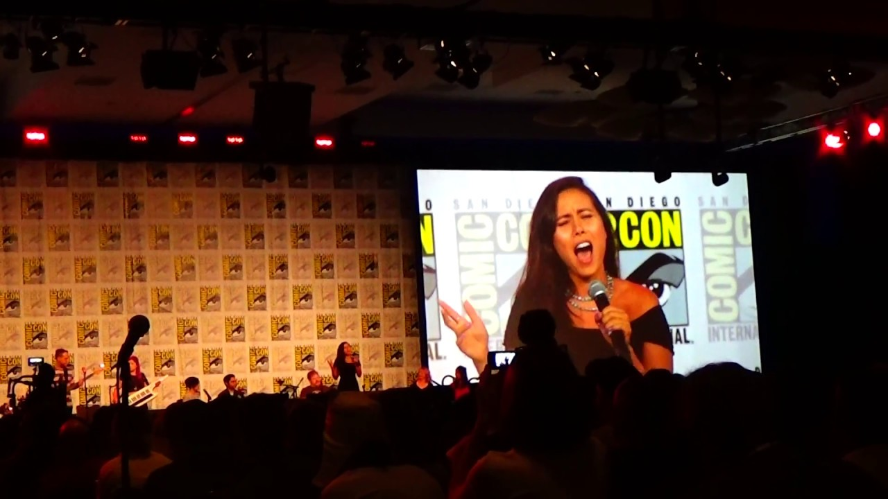 Adventure Time Jake Sings Bacon Pancakes At Comic Con 2018 Youtube